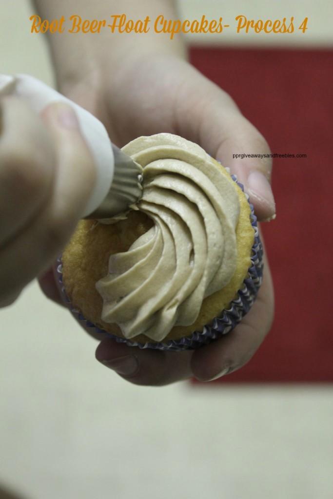 Root Beer Float Cupcakes- Process 4