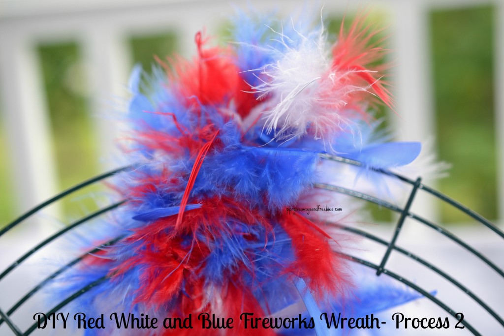 DIY Red White and Blue Fireworks Wreath- Process 2